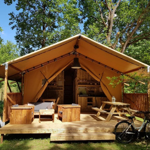glamping proche Poitiers